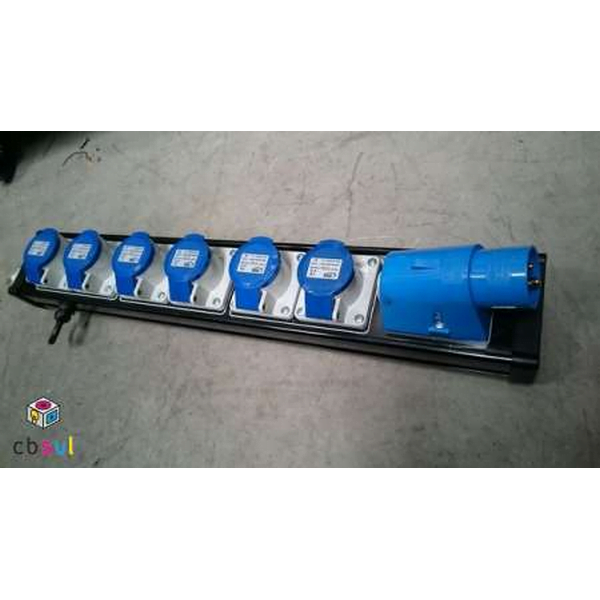 16a power distribution 6 way outlet